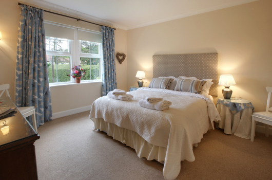 Outchester & Ross Farm Holiday Cottages, Northumberland